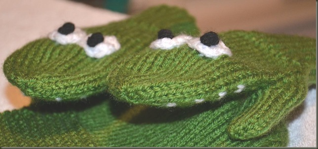 Alligator mitts