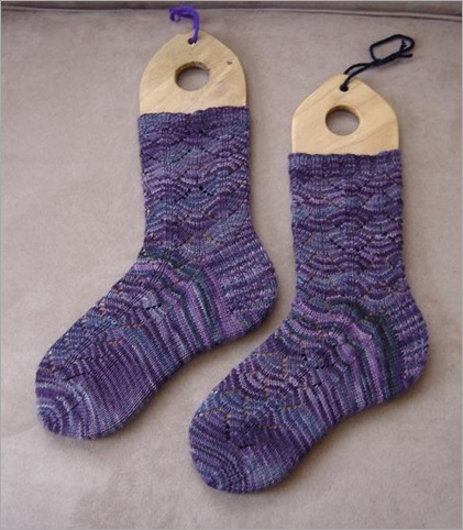dragonfly socks done 2